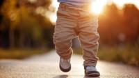 Bebeklere Ayakkabı Ne Zaman Giydirilmeli?