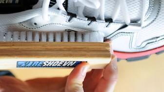 Beyaz Fileli Spor Ayakkabı Nasıl Temizlenir?