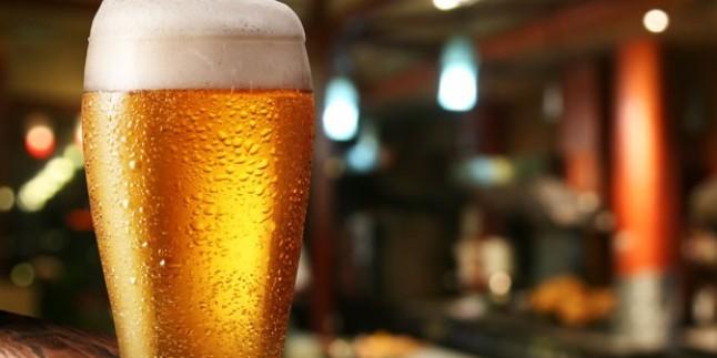 Arabaya Dökülen Bira Kokusu Nasıl Çıkarılır?