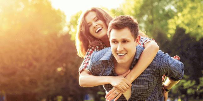 Bir Erkeğin Sevgilisi Varken Neden Başka Kızla İlgilenir?